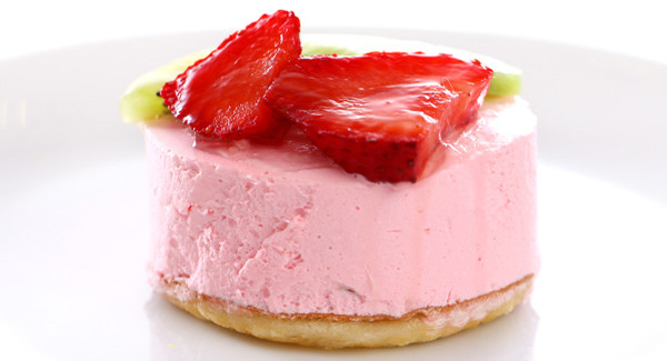 Frozen_Strawberry_Cheesecake_1